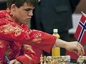 Magnus Carlsen gana Supertorneo Ajedrez Pearl Spring 2009