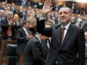 logra apoyo parlamentario para someter referendo reforma constitucional