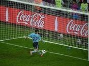 Casillas sigue siendo 'Santo' ante Roja