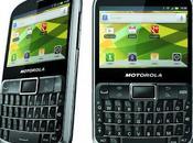 Motorola DEFY PRO, móvil resistente teclado QWERTY