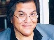 Roberto Castro, lápiz bicolor exterior