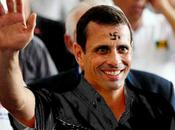 Capriles está marcado esvástica.