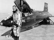 Muere Neil Armstrong primer hombre pisó Luna