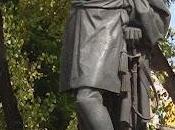 Estatuas militares