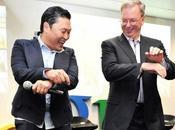 Google,Eric Schmidt, baila 'Gangnam style'