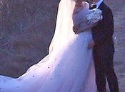 Anne Hathaway casó Adam Shulman vestida Valentino