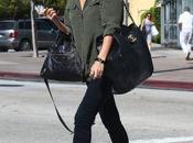 Lauren Conrad impone tendencia doble bolso estiloso