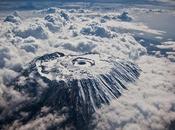 cumbre Kilimanjaro vista desde 6.100 metros altitud