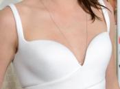 Kristen Stewart, Balenciaga, deslumbra presentación Road Hollywood