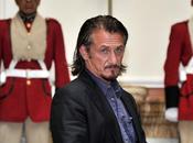 Sean Penn visitó empresario estadounidense preso Bolivia