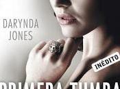 Primera tumba derecha, Darynda Jones
