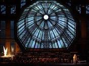 dinero. ¿Puede ópera rentable?