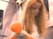 broma niña fantasma ascensor