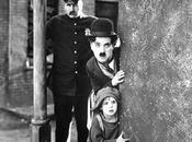 SECUENCIAS FAVORITAS: escena emotiva CHICO (1921, Charles Chaplin)