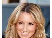 Ashley Tisdale incorpora Left Behind