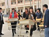 Despedidos directores exigían alumnos comprar propios pupitres