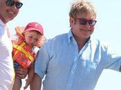 Elton John anuncia llegada segundo hijo