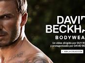 David Beckham corre semi desnudo para