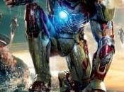 Cartel español Tony Stark Iron vistazo cerca armaduras