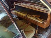 Pianos surrealistas
