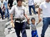 Javier alvarado inspecciona comunidades dañadas deslizamientos cajatambo…