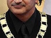 Ricardo Arjona recibe máxima condecoración parte gobierno Guatemala