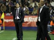 Actualidad Sevillista: Levante Sevilla Nueva derrota fuera Casa.