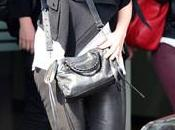 Shakira acusa Antonio robarle millones dólares