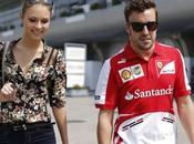 look Dasha Kapustina, novia Fernando Alonso, Sanghai