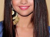 Selena Gomez recibe criticas comunidad hindú