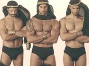 Expulsan Arabia Saudita tres hombres demasiado atractivos
