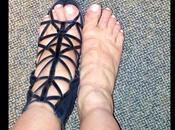 Kardashian publicó pies hinchados