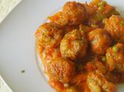 Albóndigas verduras salsa tomate