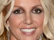 Britney Spears criticada regalarle hijo pistola