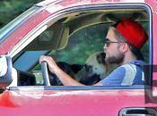 Robert Pattinson muda casa Kristen Stewart