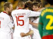 Dinamarca vence Camerún