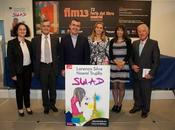 Lorenzo Silva Noemí Trujillo reciben Premio Brújula narrativa infantil-juvenil valores