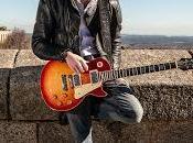 elegancia gusto guitarrero Javier Alía