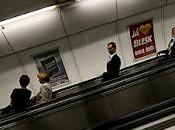 (677) vagones amor metro praga