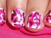Camuflaje rosa para uñas