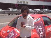 friki perdido Japón sólo quiere volver para tomarse Coca Cola Cherry