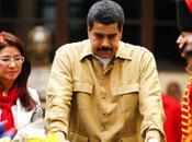 Nicolás Maduro duerme Chávez, está loco!!