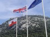 Gibraltar: serpiente verano absurda