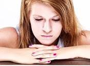 hábitos comunes gente infeliz