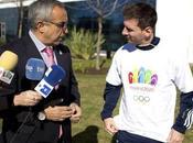 Messi pone camiseta Madrid 2020