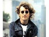¿Dónde comenzó escribir John Lennon Strawberry Fields Forever?