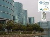 Oracle compra Microsystems.