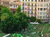 Casi cien personas, vestidas verde, colapsan Palma Mallorca.