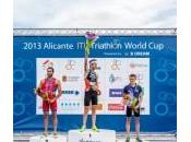 Vicente Hernández cuelga plata Ainhoa Murua rozó podio Copa Mundo Triatlón celebrada Alicante