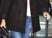 Gwyneth Paltrow, estilo casual vaqueros slippers Christian Louboutin